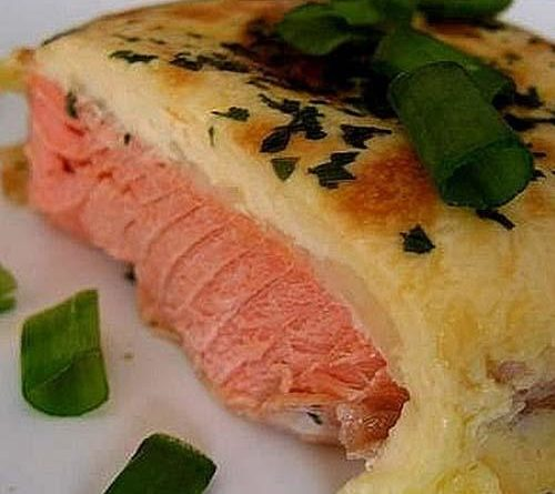 Красная рыба в духовке под сыром
