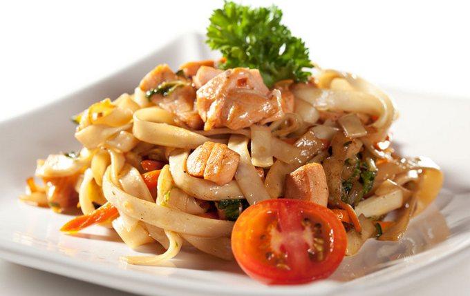 Лапша удон с курицей и овощами в соусе терияки рецепт с фото пошагово