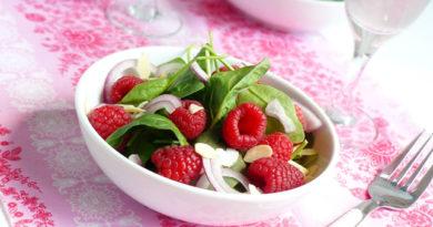 salat-s-malinoy