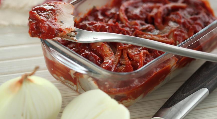 Селедка с томатом в домашних условиях