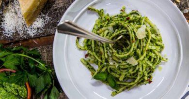 spagetti-s-sousom-iz-petrushki