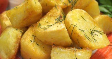 Идеальный картофель, хрустящая корочка и нежное пюре внутри, весь секрет в маленькой хитрости
