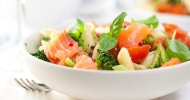 salat_makarony_losos