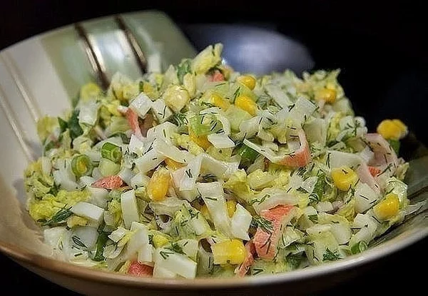 Салат пекинка кукуруза крабовые палочки