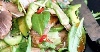 salat-s-buzheninoj-i-avokado