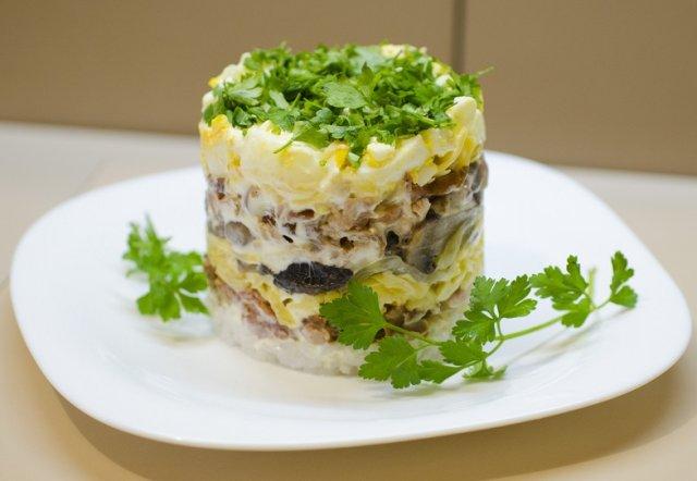 салаты из курицы с грибами рецепты с фото использовать керамический