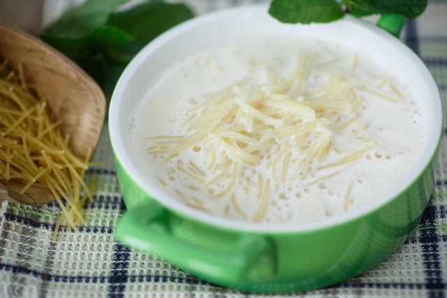 Молочный суп с вермишелью в мультиварке рецепт с фото