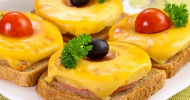 sendvich-s-ananasom-i-syrom