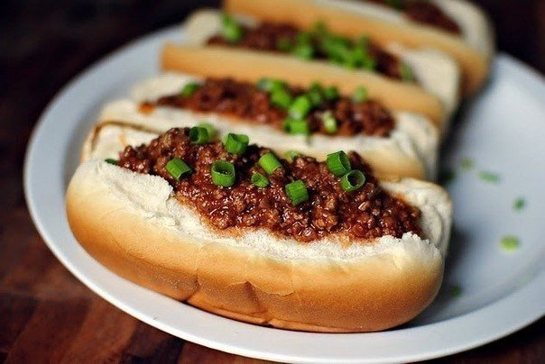 hot-dogi-s-myasnym-farshem