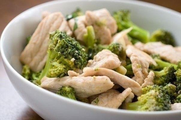 kurinye-grudki-s-brokkoli