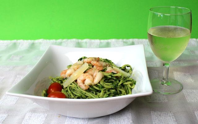 pasta-avokado-krevetki