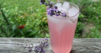 Lavandovyj-limonad