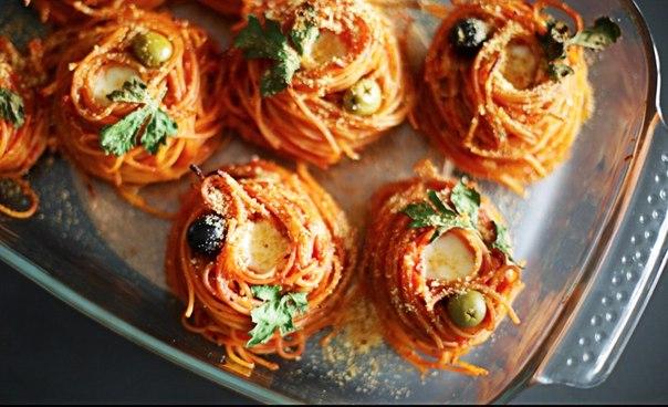 spagetti-gnezdyshki