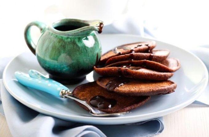 shokoladnye-oladyi-na-zavtrak