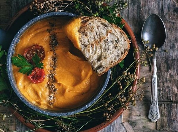 pryanyj-sup-iz-morkovi