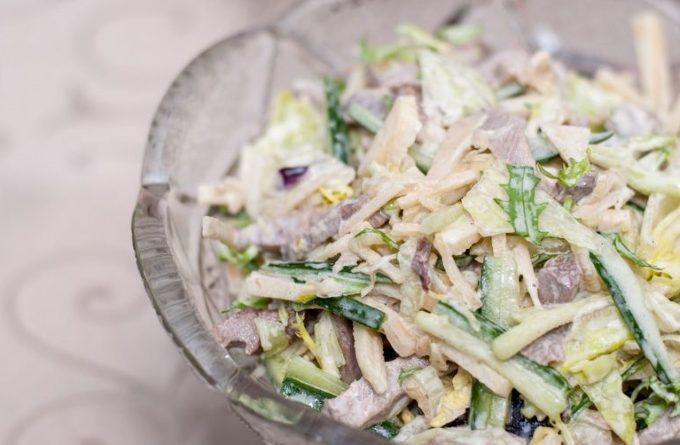 salat-s-govyazhim-yazykom