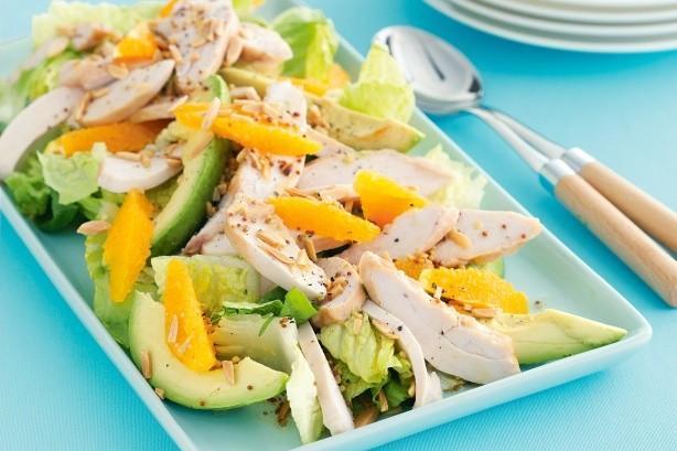 kurinyj-salat-s-avokado-i-apelsinami