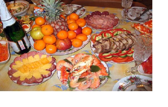 Чего не стоит подавать к новогоднему столу при встрече года свиньи