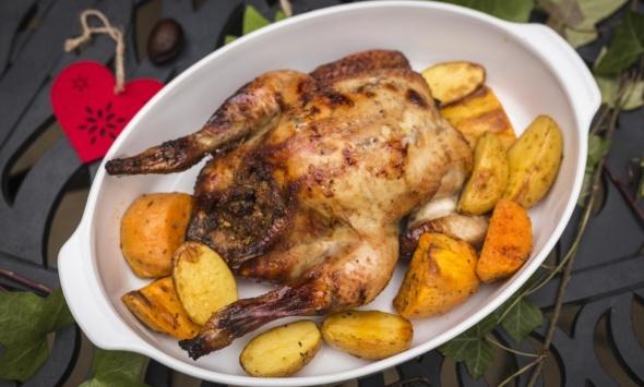 Цыпленок фаршированный грецкими орехами