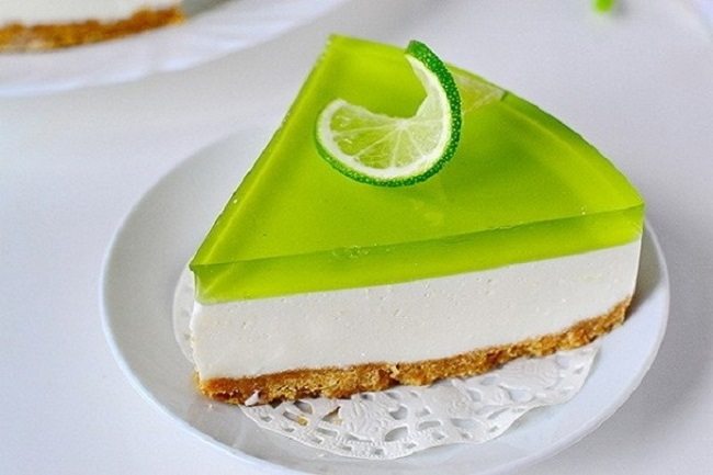 zhelejnyj-tort-s-kivi