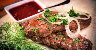 lyulya-kebab-iz-svininy-v-duxovke