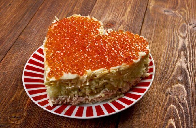 salat-s-kalmarami-i-krasnoj-ikroj