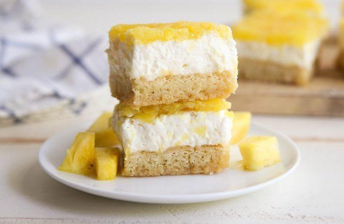 zhelejnyj-tort-s-ananasami
