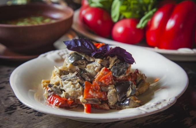 gruzinskij-salat-s-baklazhanami