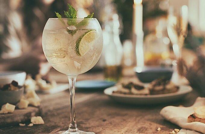 koktejl-martini-royal