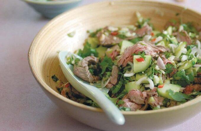 salat-s-govyadinoj-po-tajski