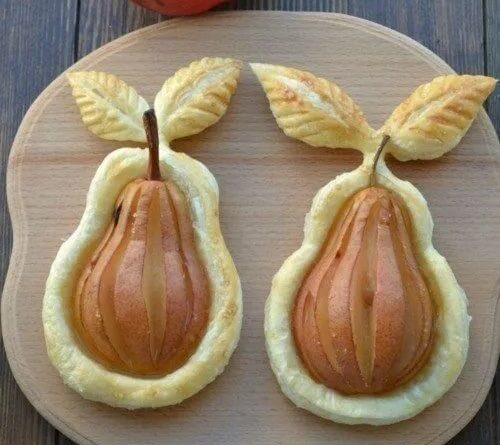 Элегантные груши с шоколадной начинкой на слоеном тесте: видео рецепт и пошаговые фото