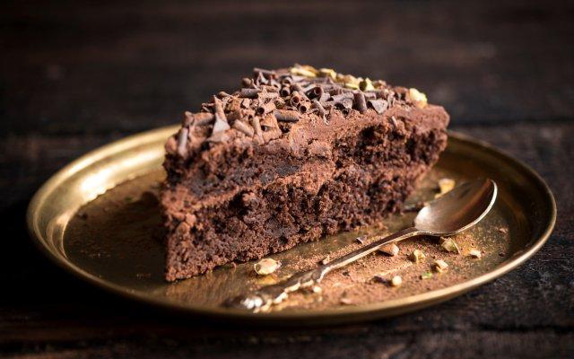 Шоколадный торт без выпекания