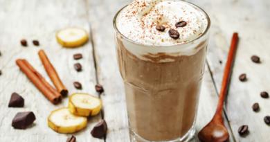 kofe-s-bananom-i-koricej