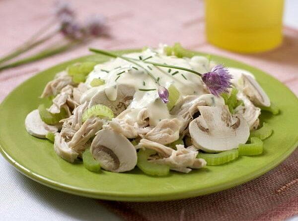 salat-s-kuricej-i-shampinyonami