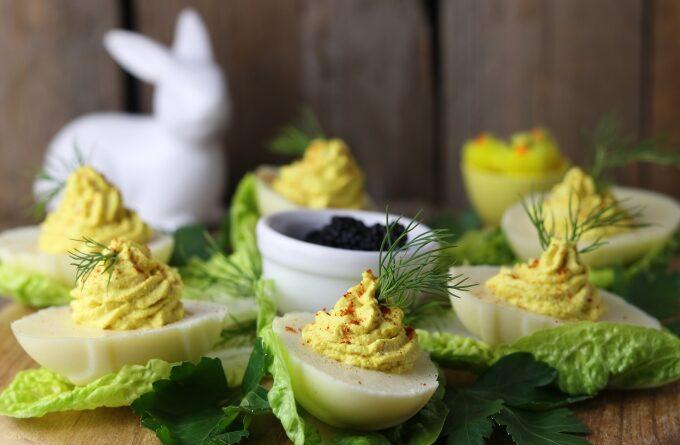 yajca-farshirovannye-shpinatom-i-brokkoli