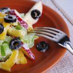 salat-iz-yablok-i-seldereya