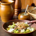 salat-s-yazykom-i-goroshkom