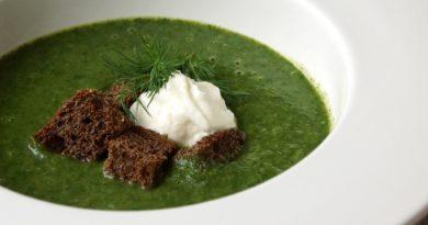 суп с укропом и шпинатом