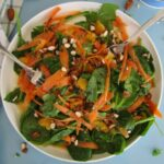 salat-so-shpinatom-morkovyu-i-apelsinami