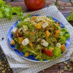 Salat-s-chechevitcei-i-syrom