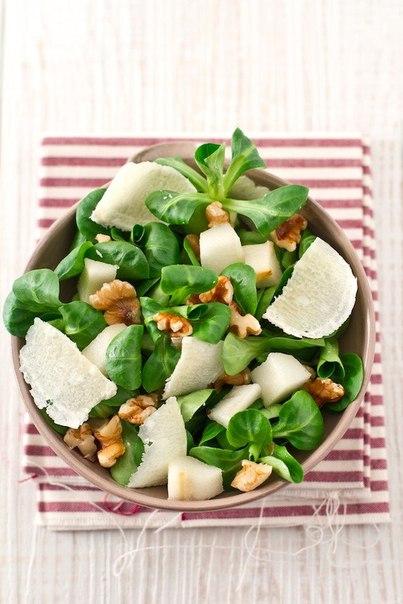 salat-s-grushey