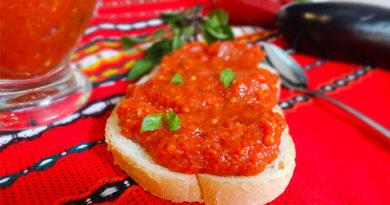 sous-perec-pomidory