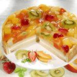 tort-zhele-frukty