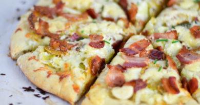 pitsa_s_kartofelem_i_bekonom