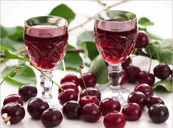 Как приготовить вишневый ликер в домашних условиях