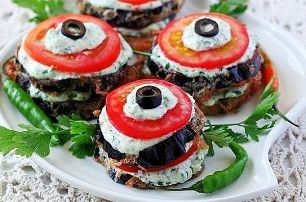 zakuska-baklazhany-pomidory-syr