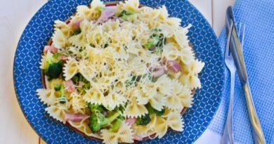 pasta-s-brokkoli-i-vetchinoj