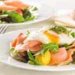 salat_s_lososem_i_ovoshami