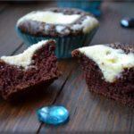 shokoladnye-keksy-s-tvorozhnym-kremom
