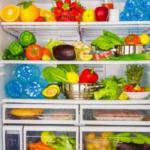 Какие продукты нужно хранить в холодильнике?